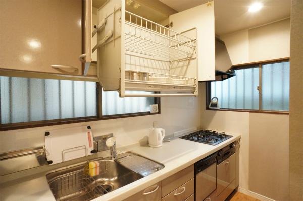 収納がたっぷりで使いやすいタイプのキッチンです。