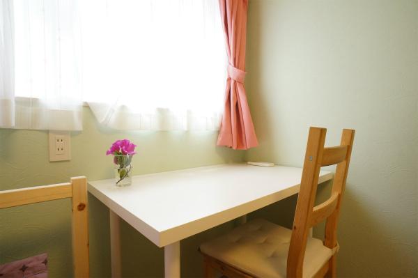 家具もすべて揃っていますので、明日から新しい生活を始められます。