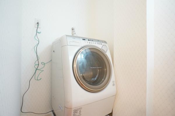 洗濯機は、ドラム式ですね。