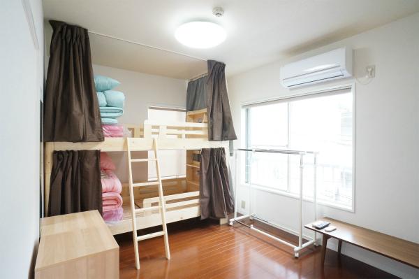 こちらはドミトリータイプのお部屋です。シェアメイトと仲良くなれそうですね。