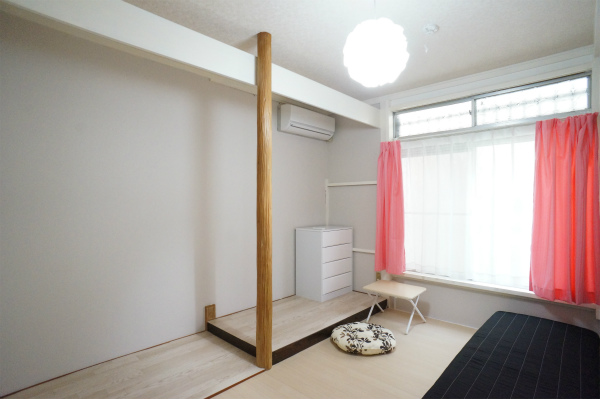 こちらは1Fのお部屋。