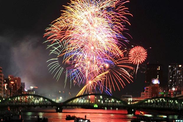 今年の夏は絶対に行きたい!東京で人気の花火大会8選