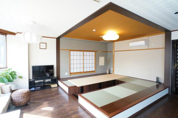 日本人の心を思い出します。掘りごたつで、まったり過ごしたい。