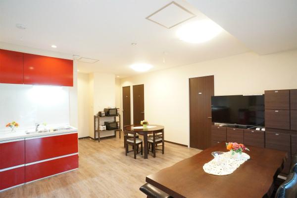 テレビ回りには、各お部屋毎に収納スペースが用意されています。