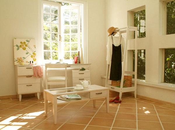 狭いシェアハウスの個室を、広く見せるための5つのコツ