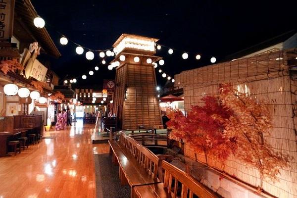 とっておきの休日を過ごしたい。そんな時には、東京都内にある温泉施設に出かけよう