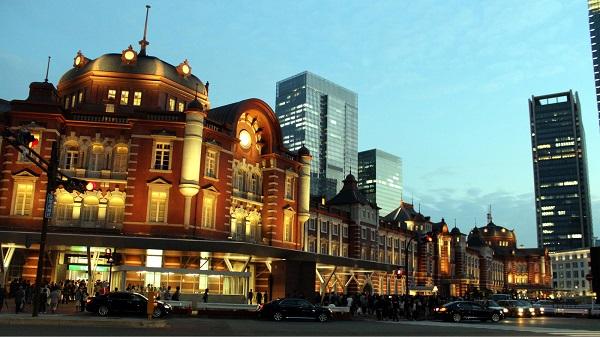 複雑すぎる!上京してからも迷いがちな東京駅、新宿駅で迷わない方法