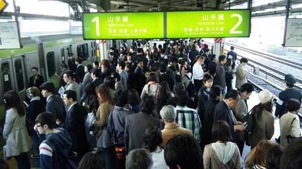 上京してから苦労する「満員電車」との上手な付き合い方