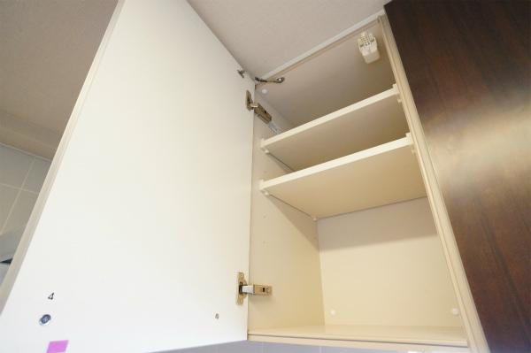 キッチン収納もしっかり確保されています。
