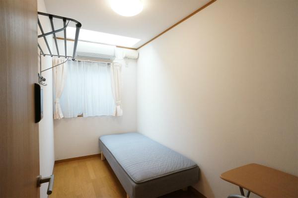 こちらは204号室です。賃料が4万円台って、とってもリーズナブルです。
