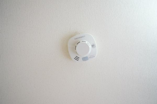 火災報知機もお部屋毎に設置されています。