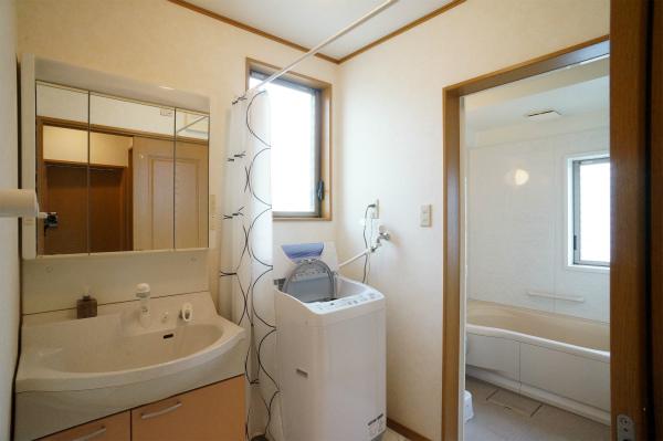 こちらは3Fの洗面スペース。脱衣所でもあります。とっても広いですね。