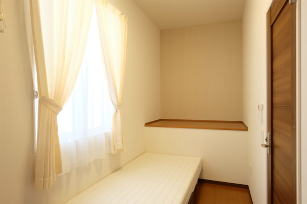 こちらは205号室。ユーティリティースペースがあります。