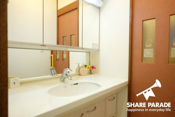 洗面所は3Fと4Fにあります。