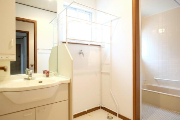 洗面所は1Fと2Fの2箇所にあります。