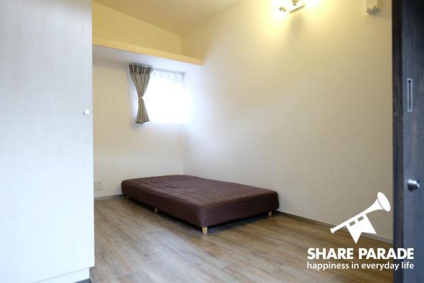 お部屋は5.4~6.6帖の広さです。