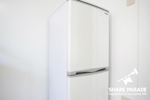 使い勝手のよい2ドア冷蔵庫。