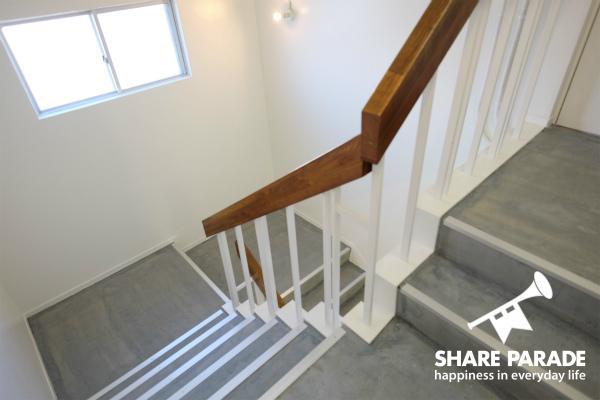 階段は、クールな感じ。