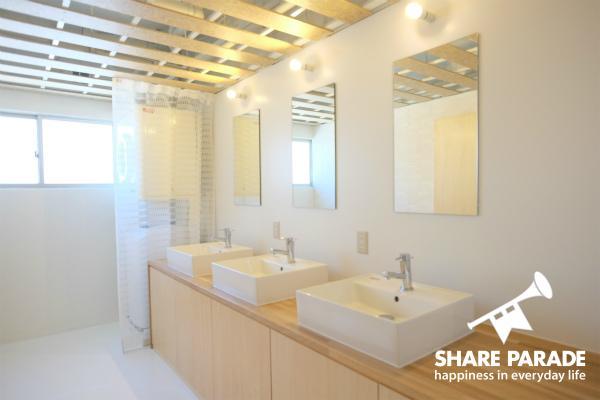 清潔感のある洗面スペース。