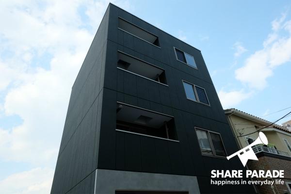 新築4階建のシェアハウスです。