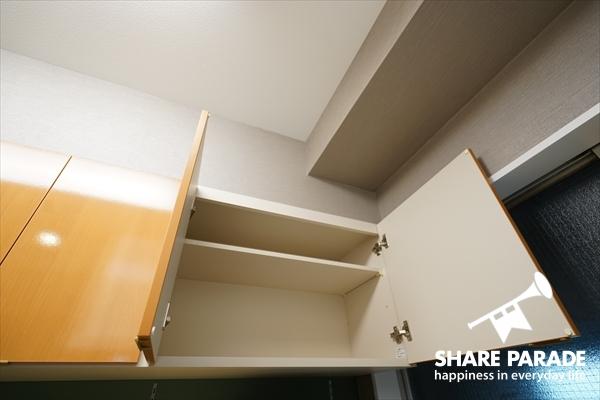 収納スペースは、お部屋毎に仕切られる予定です。