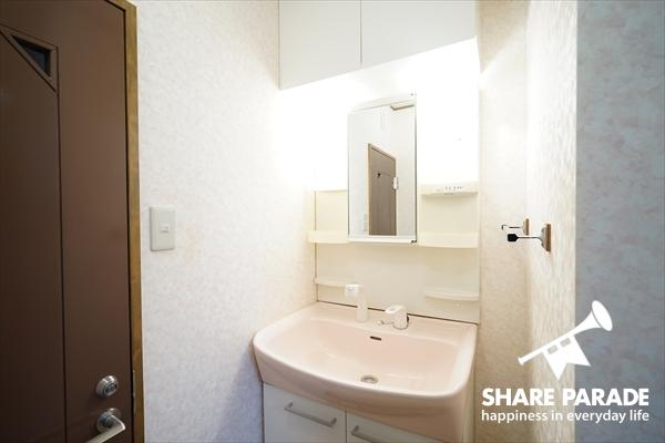 1階の洗面所です。