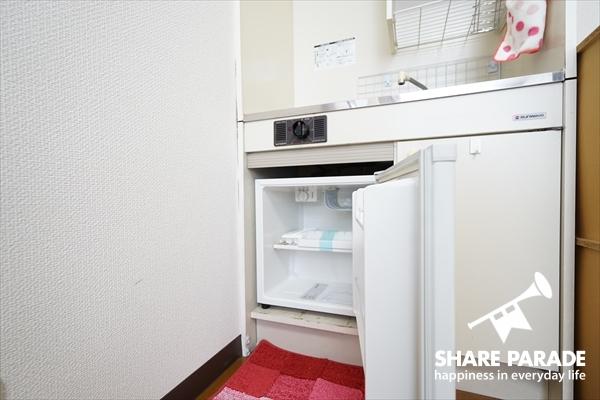 冷蔵庫はお部屋にあります。