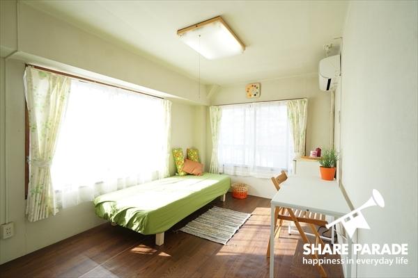 角部屋は2面採光で明るいです。