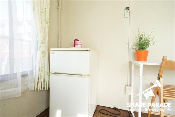 冷蔵庫は各お部屋に完備されています。