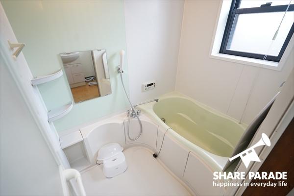 バスルームも1Fと2Fにあります。