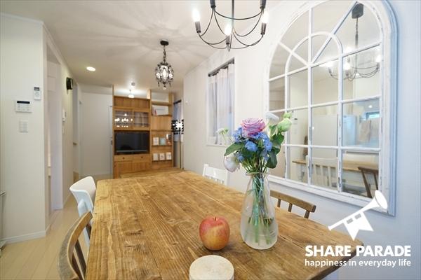 アンティークな家具がとてもかわいい。