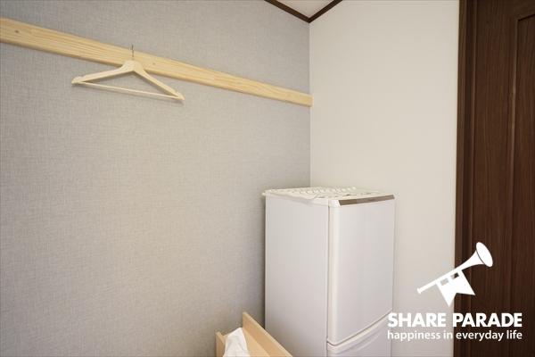 各お部屋に冷蔵庫も完備です。