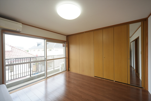 お部屋の広さは7帖か11帖あります。