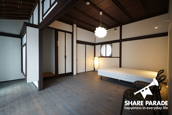 SOHOとしても使用できる広々しているお部屋です。