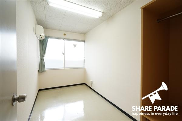 一人暮らししていた方には最適!家具なしのお部屋もあります。