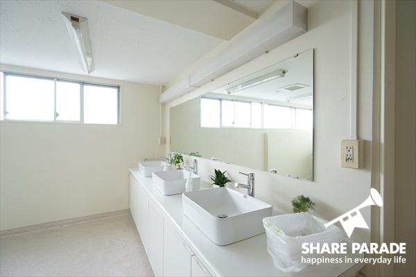 きれいな洗面。各フロアにあります。