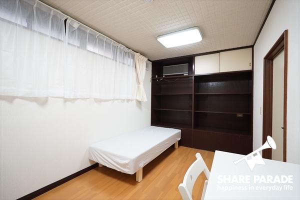 1Fのお部屋は8帖の広さがあります。