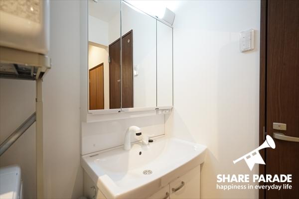 洗面所は1Fと2Fにあります。