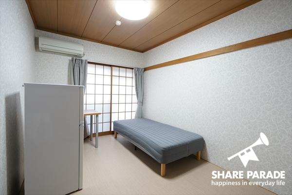 1部屋だけ和室っぽい雰囲気のお部屋です。