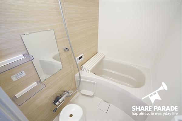 バスルームも1Fと2Fの2か所あります。