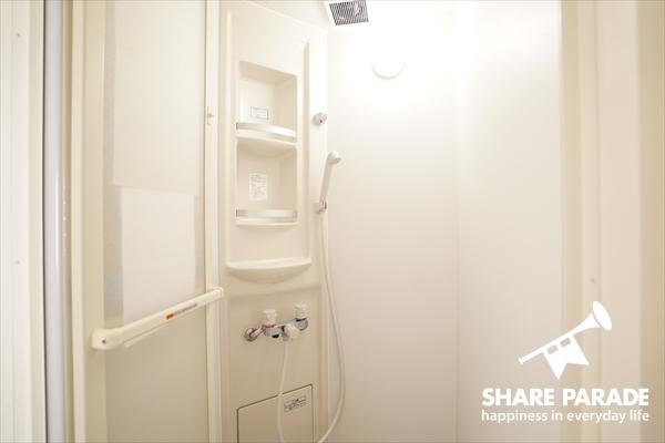 こちらは入居者専用のシャワーブース。