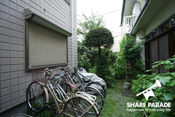 自転車用スペースも♪