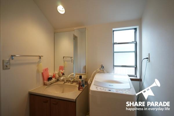 使いやすい洗面スペース。