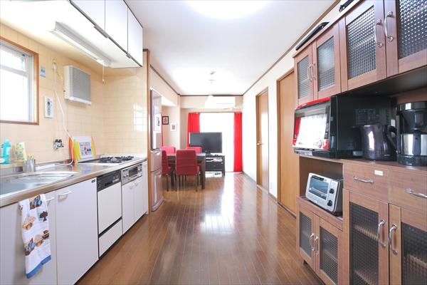 リビングとキッチンが一体になっています。