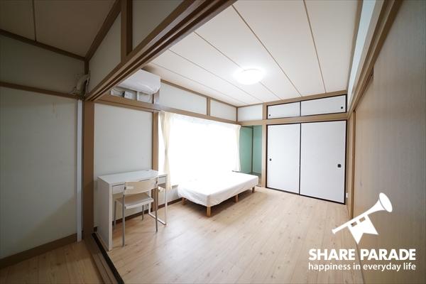 和洋折衷の居心地のよいお部屋。