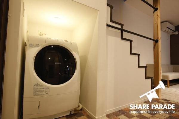 洗濯機はドラム式。