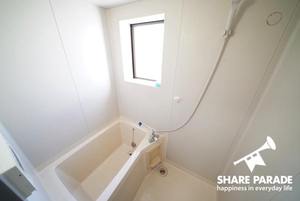 浴室 2階と3階にありゆっくりお風呂に入れます。