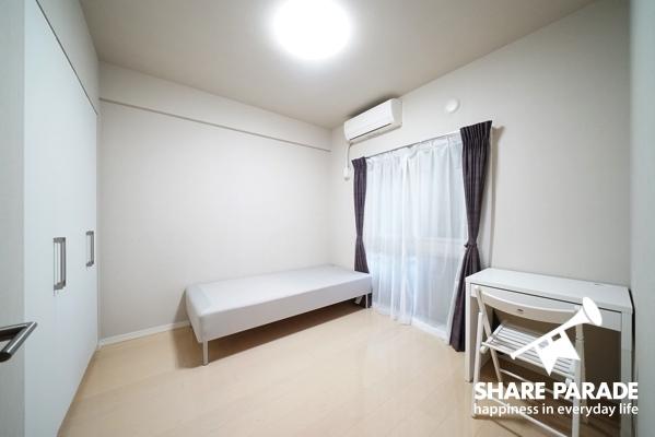 個室。シンプルでアレンジしやすい。