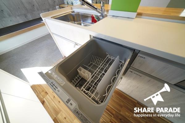 食洗機があるのでお皿洗いも楽ちん。