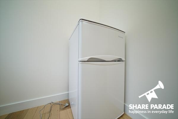 冷蔵庫が部屋に完備。
